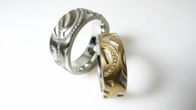 2 Ringe 925/- Silber mit entweder 750/- Weiß- oder Rosegold und Brillanten